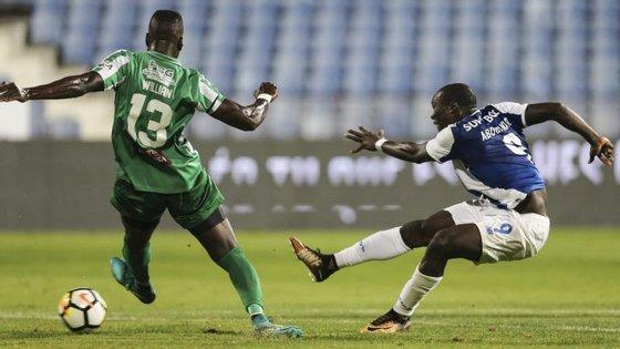 Aboubakar fez assim o primeiro golo. 72 segundos depois, bisou e começou a sentenciar a goleada final