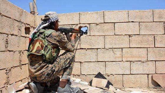 A aliança entrou em Raqqa no início de junho e já reconquistou 90% da cidade ao Estado Islâmico