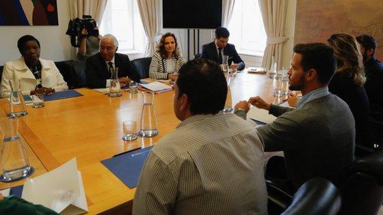 Os familiares das vítimas reuniram durante duas horas e meia com o primeiro-ministro e a ministra da Justiça