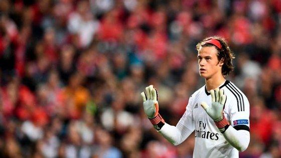 Svilar pediu desculpa aos adeptos pelo erro no golo do Man. United, onde entrou com a bola dentro da baliza