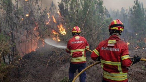 Liga dos Bombeiros Portugueses alerta para a subida das temperaturas que se espera para os próximos dias
