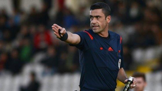 Nuno Almeida, árbitro nomeado para a Vila das Aves, acabou receber críticas de Benfica... e Sporting