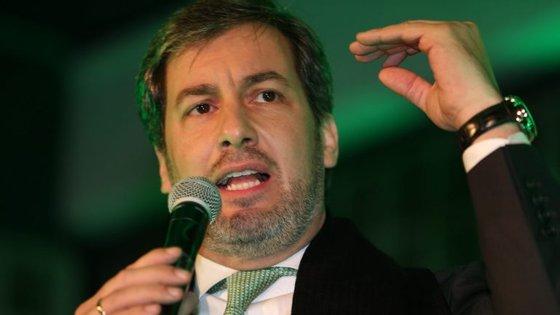 """""""O sucesso do Sporting é o sucesso de todos nós"""", garantiu Bruno de Carvalho, que participou na celebração do  25.º aniversário do Núcleo Sportinguista de Santarém"""
