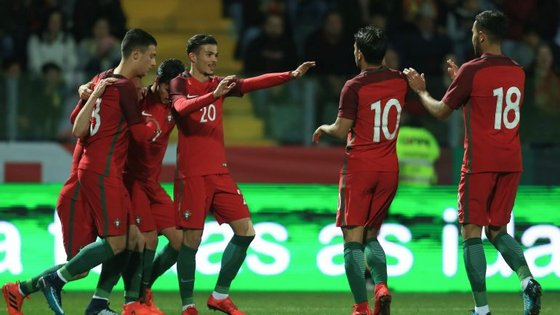A seleção portuguesa subiu ao quarto lugar do grupo