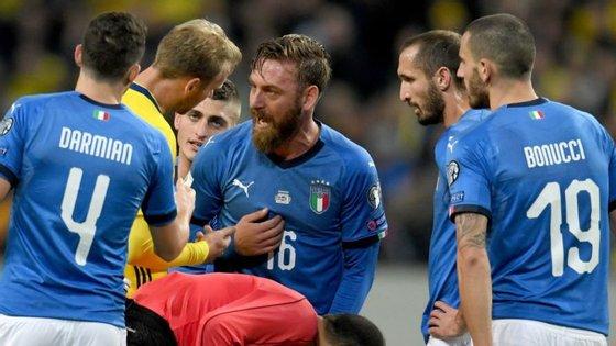 De Rossi esteve na primeira mão do playoff, mas não saiu do banco no nulo registado entre Itália e Suécia em San Siro