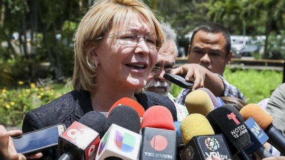 Luisa Ortega Díaz pede uma ordem de captura para Nicolás Maduro.