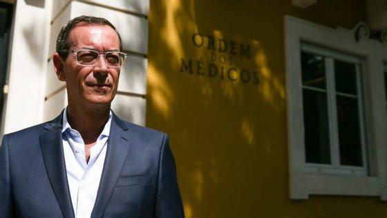 Ordem dos Médicos quer elevar relação médico-doente a património imaterial da humanidade.