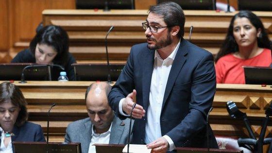 """João Oliveira: """"Governo e os sindicatos que têm de encontrar uma solução"""" sobre os custos da contagem de todo o tempo de serviço dos professores"""