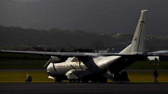A monitorização, efetuada através da aeronave EADS C-295M, permite localizar novas ocorrências de incêndios