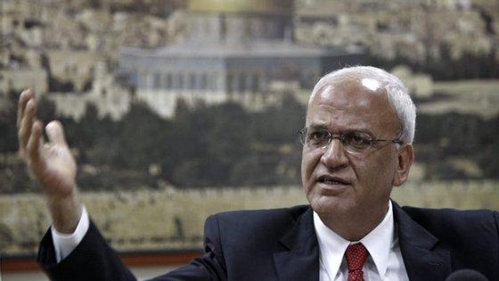 """O secretário-geral da OLP, Saeb Erakat, sublinhou que a decisão dos Estados Unidos é """"infeliz e inaceitável"""""""
