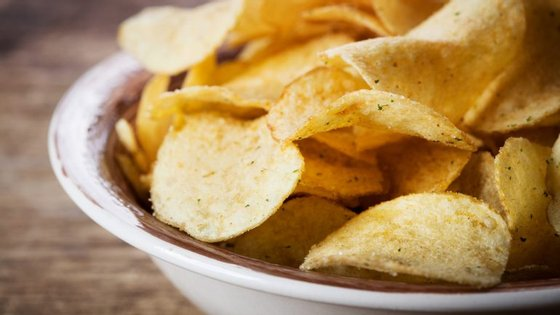 Em causa está a criação de uma taxa de 80 cêntimos por quilograma de produto com mais do que 1 grama de sal por cada 100g de produto