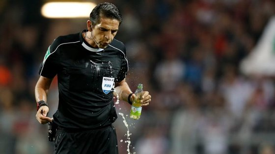 Deniz Aytekin apita pela primeira vez um jogo do Benfica