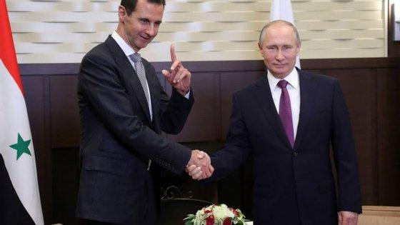 O Presidente Sírio e o seu homólogo Russo.