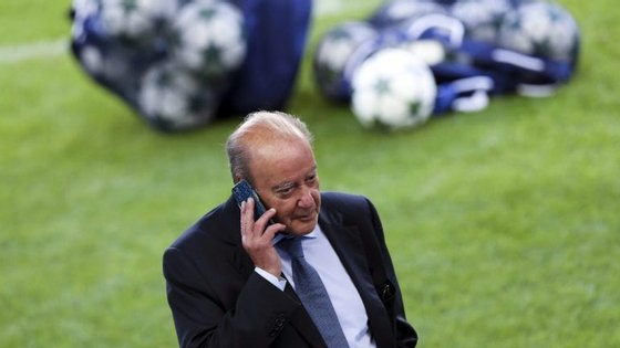 "Pinto da Costa, presidente do FC Porto, foi apresentado pelo Benfica como o número 1 da estrutura do ""novo Apito Dourado"""