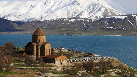 Van, na Turquia, era a capital do império Urartu