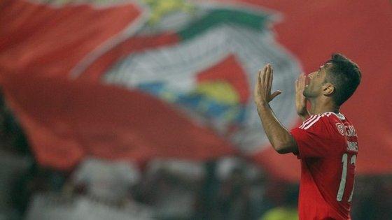 Jonas a celebrar com a camisola do Benfica: uma imagem que se tornou habitual. A partir de agora, de forma centenária