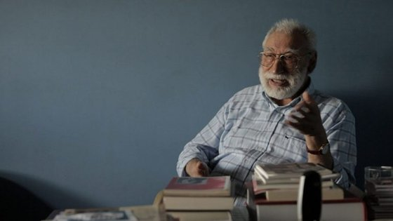 """António de Macedo no documentário """"Nos Interstícios da Realidade"""""""