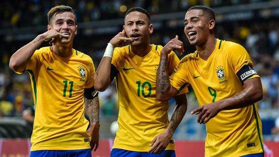 Coutinho, Neymar, Gabriel Jesus: um trio que está pronto para se ligar ao próximo Mundial da Rússia