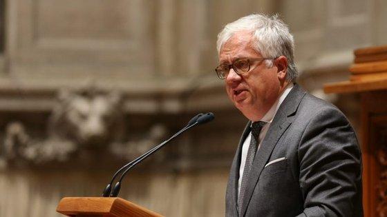"""O ministro da Administração Interna garante que """"o governo irá trabalhar com os autarcas"""""""