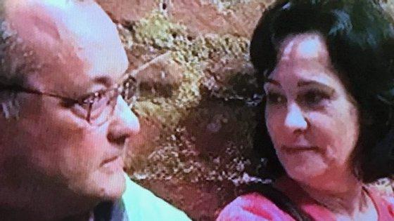 A reportagem da TVI mostra várias fotografias de Manuel Delgado e Paula Brito e Costa