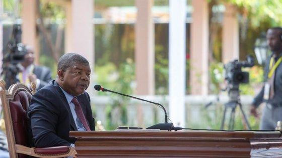 Presidente angolano João Lourenço voltou a criticar posição portuguesa no processo que envolve Manuel Vicente