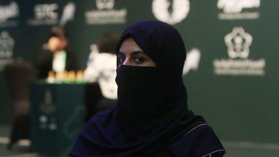 As mulheres vão poder assistir a jogos de futebol nos estádios de Riade, Jidá e Dammam.
