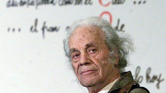 Nicanor Parra morreu aos 103 anos