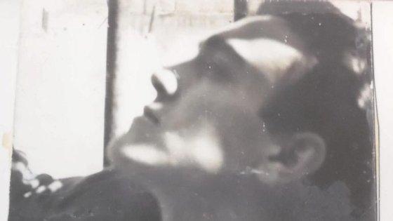 António Maria Lisboa fotografado por Artur Cruzeiro Seixas, nos anos 50