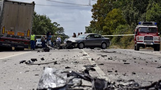 O acidente ocorreu pelas 7h54, em Pegões, concelho de Montijo