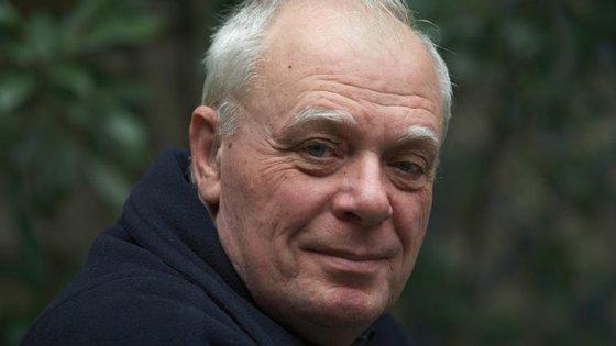 António Lobo Antunes é um escritor e psiquiatra português