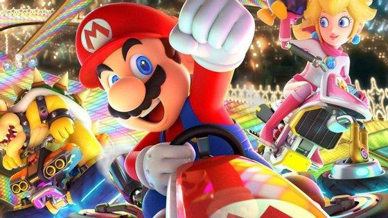 Mario Kart é um videojogo de corridas da Nintendo com as personagens do universo super Mario