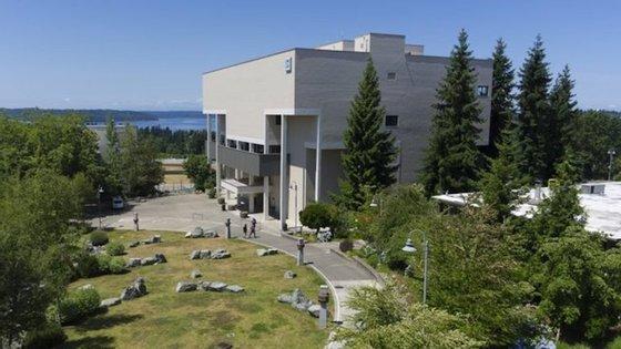 Foi nesta escola que houve relatos de tiros. Fica em Seattle