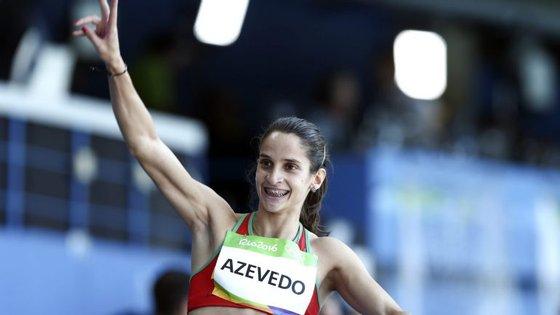 Cátia Azevedo, que é recordista nacional nos 400 metros ao ar livre, cumpriu aquela distância em 53,13 segundos em pista coberta