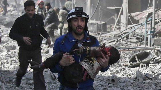 Há dezenas de crianças entre as vítimas