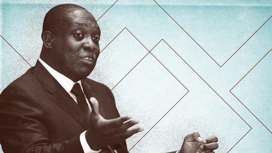 O ex-vice-Presidente Manuel Vicente enviou uma carta ao tribunal a pedir que o processo seja entregue aos angolanos