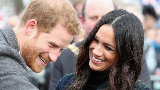 O príncipe Harry e a atriz Meghan Markle têm casamento marcado para 19 de maio