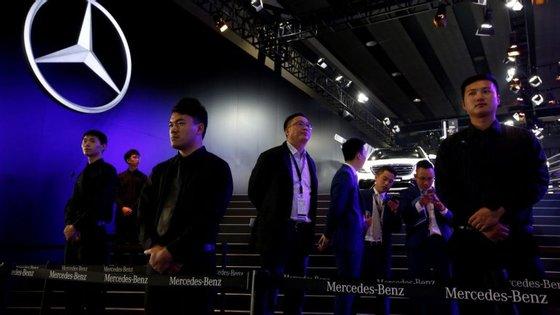 Uma empresa chinesa terá, alegadamente, contactado a Mercedes, propondo-lhe vender uma base de dados sobre os consumidores daquele país. Já não há privacidade?