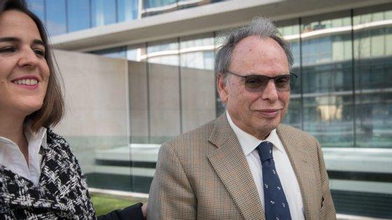 O engenheiro Armindo Pires e a advogada Filipa Júnior