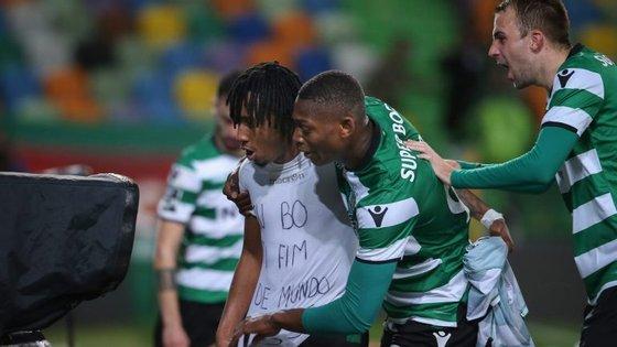 """Gelson Martins e a mensagem para o """"irmão"""" Rúben Semedo após um golo fabricado em grande parte pelo miúda Rafael Leão"""
