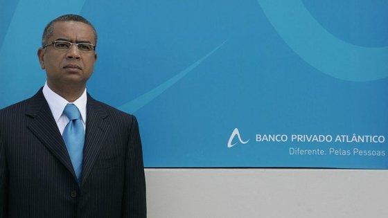 O dono do Banco Privado Atlântico, Carlos Silva, disponibilizou-se para vir a Portugal