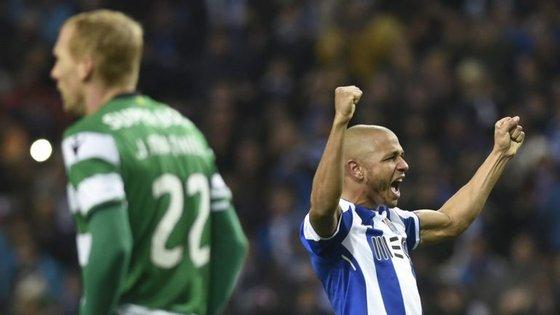 Brahimi apontou o primeiro golo num clássico em Portugal e foi decisivo para a vitória do FC Porto frente ao Sporting