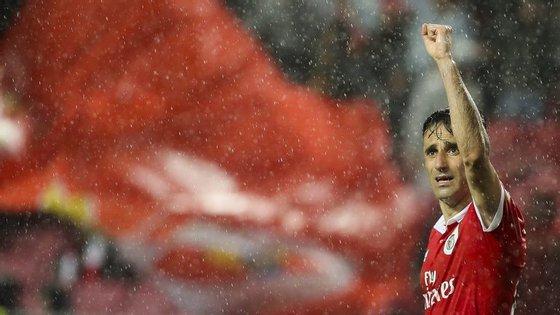 Jonas fez o quarto hat-trick no Benfica, o primeiro com todos os golos a serem marcados na primeira parte