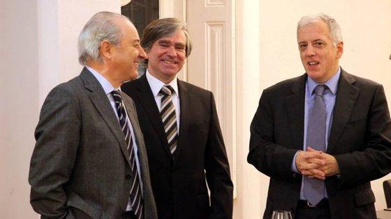 Rui Rio com Rui Nunes (ao centro, na fotografia)