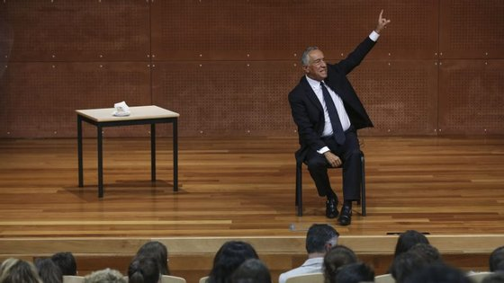 Marcelo foi eleito nas presidenciais de 24 de janeiro de 2016 com 52% dos votos