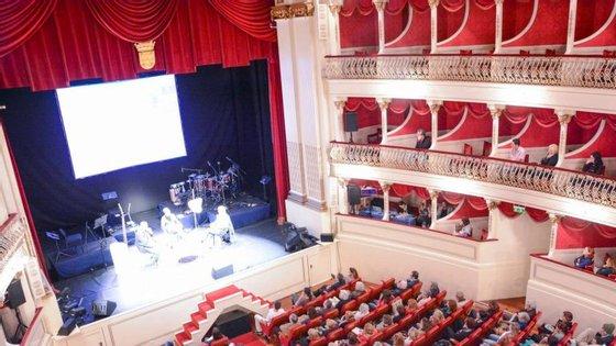 O Festival Literário da Madeira decorre no Teatro Municipal Baltazar Dias, construído em 1888