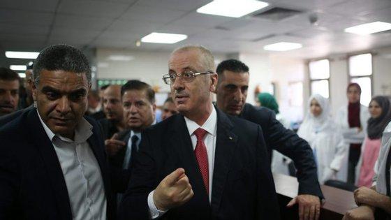 Rami Hamdallah, primeiro-ministro palestiniano desde 2013