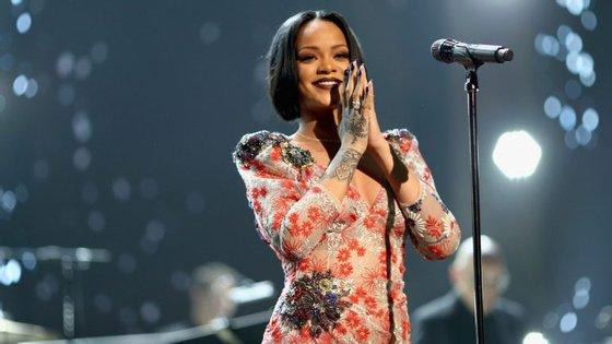 Rihanna e Chris Brown foram namorados entre 2007 e 2013, apesar de se terem separado várias vezes