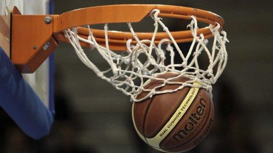 Na final, marcada para domingo, o Illiabum vai defrontar o vencedor do embate entre o Terceira Basket e o Benfica
