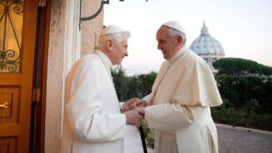 """""""Estou certo que podem compreender porque declinei"""", escreveu Joseph Ratzinger"""