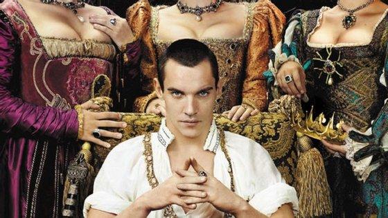 """O cartaz promocional da série """"Os Tudors"""" é um dos exemplos mais flagrantes"""